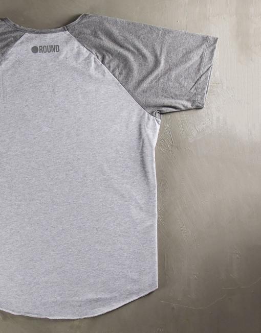 Round Clothing   Basic Collection - T-shirt Grigio Chiaro con maniche raglan Grigie