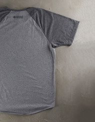 Round Clothing | Basic Collection - T-shirt Grigia con maniche raglan Grigio Scuro
