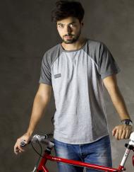 Round Clothing | Bike Collection - T-shirt Grigio Chiaro con maniche raglan Grigie