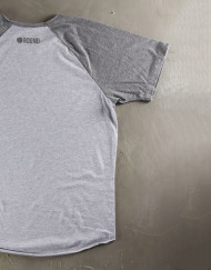 Round Clothing | Basic Collection - T-shirt Grigio Chiaro con maniche raglan Grigie CHAIN